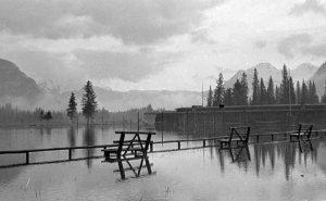 Banff_National_Park_Pavillion,_flooded_grounds